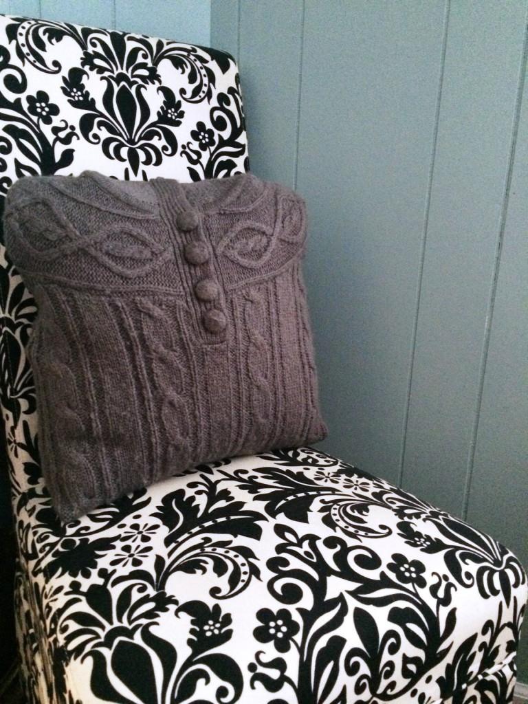 Styling Harvard Christmas Crafting DIY sweater pillows