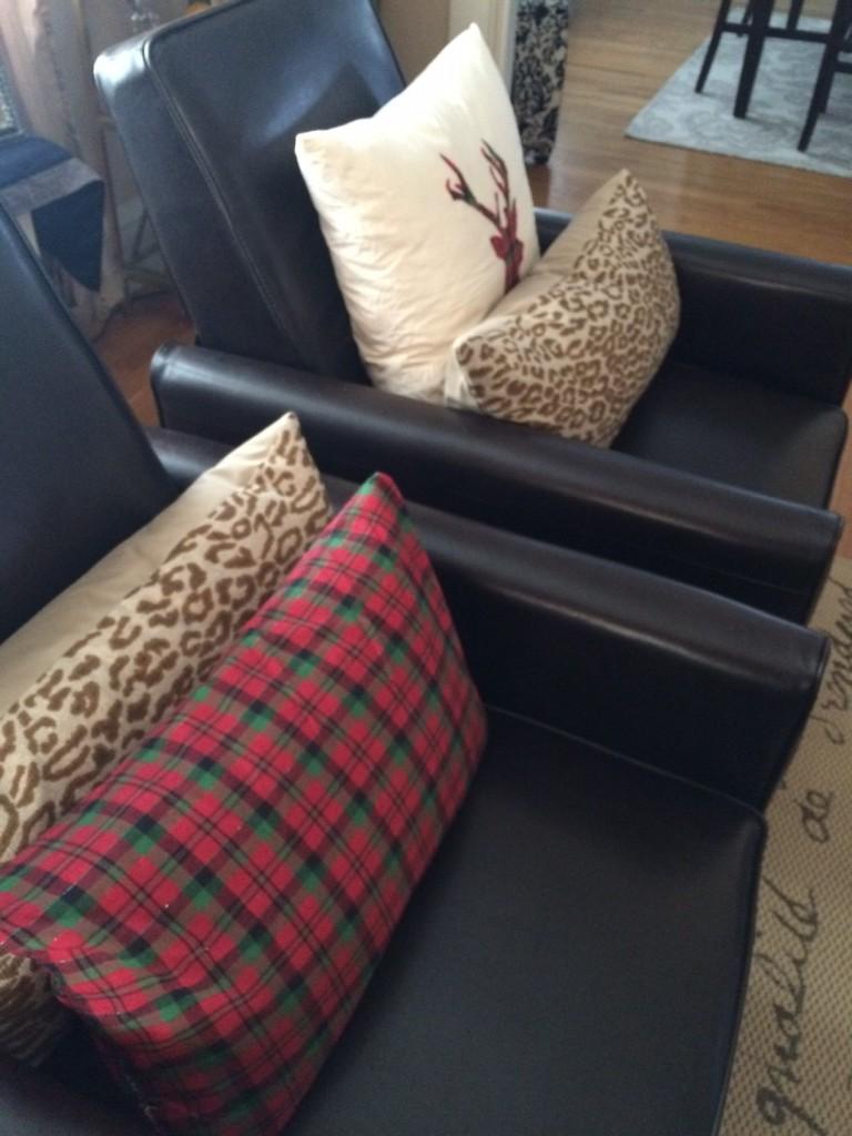 Styling Harvard Christmas Crafting DIY pillows