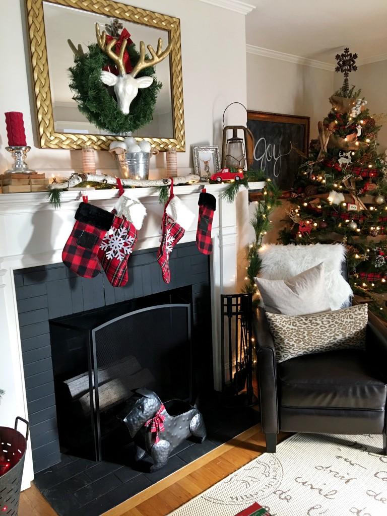 Styling Harvard | 2016 living room tree